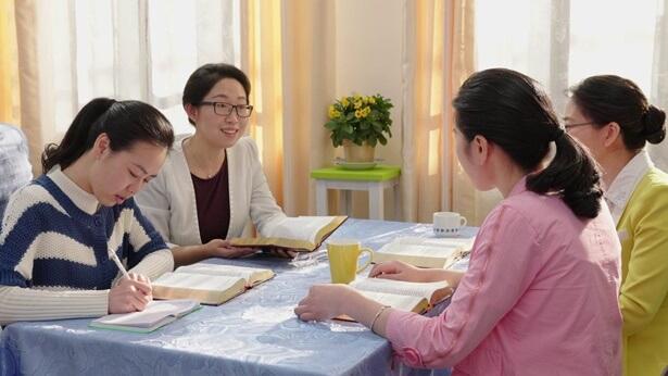 Um casamento feliz começa com a aceitação da salvação de Deus