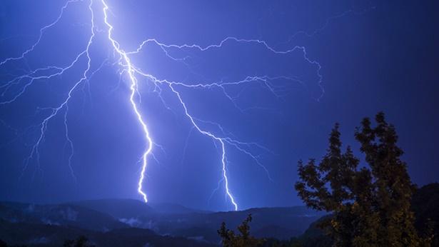 """3. Caracterizar o único e verdadeiro Deus como """"o Deus trino"""" é desafiar a Deus e blasfemar contra Ele"""